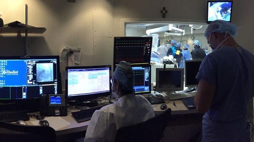 Давид Дундуа наблюдает за ходом операции